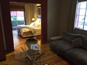 Saffron Guest House, Penziony  Johannesburg - big - 50