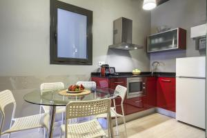 Ding Dong Fira Apartments, Apartmány  Barcelona - big - 24