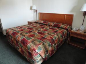 Travelers Inn and Suites Sumter, Motel  Sumter - big - 21