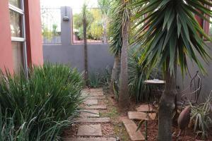 Saffron Guest House, Гостевые дома  Йоханнесбург - big - 29