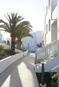 Aequora Lanzarote Suites, Hotely  Puerto del Carmen - big - 81
