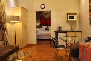 Saffron Guest House, Penziony  Johannesburg - big - 31