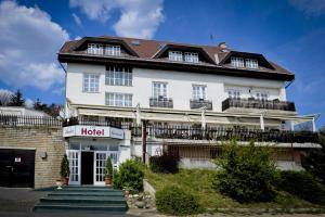Budai Hotel - Budakeszi