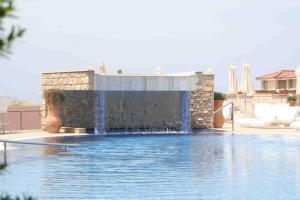 Отели Кипра с крытым бассейном