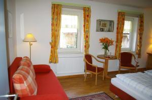 Gasthof zur Hochheide, Guest houses  Winterberg - big - 8