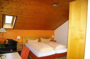 Gasthof zur Hochheide, Guest houses  Winterberg - big - 11