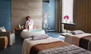 Four Seasons Hotel Toronto (34 of 49)