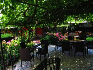 Pension/Appartement Lale, Apartmanok  Pestani - big - 14