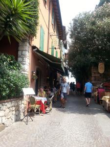 Appartamenti Corneliani II - AbcAlberghi.com