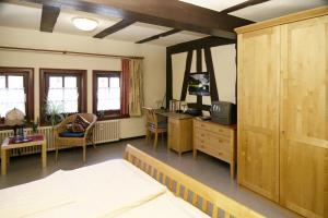 Hotel im Hochzeitshaus, Hotels  Schotten - big - 3