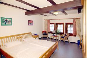 Hotel im Hochzeitshaus, Szállodák  Schotten - big - 2