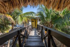 Beachfront Hotel La Palapa - Adults Only, Hotely  Ostrov Holbox - big - 53