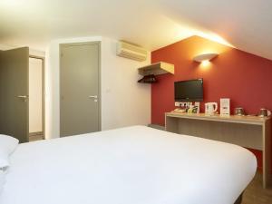 Comfort Hotel Etampes, Hotely  Étampes - big - 19