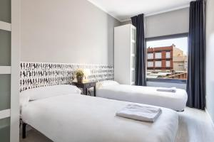 Ding Dong Fira Apartments, Apartments  Barcelona - big - 44