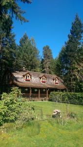 Cedar Song B&B - Accommodation - Parksville
