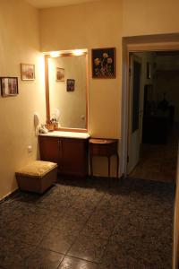 Sayat Nova Apartment and Tours, Apartmanok  Jereván - big - 3