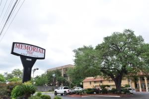 Memorial Inn and Suites - Piney Point Village