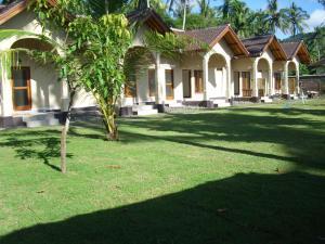 Yuli's Homestay, Проживание в семье  Кута, остров Ломбок - big - 2