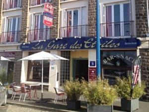 Hotel Moderne - Landelles-et-Coupigny