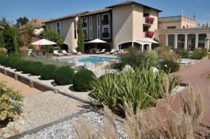 Location gîte, chambres d'hotes Georges Blanc Parc & Spa dans le département Ain 1