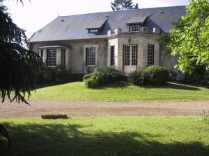 Location gîte, chambres d'hotes Domaine de l'Etang dans le département Aisne 2