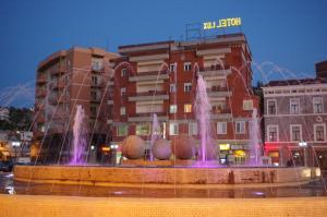 Hotel Lux Vlore - Nartë