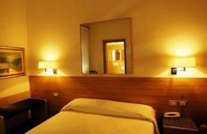 Albergo Al Caminetto, Hotels  Nago-Torbole - big - 17