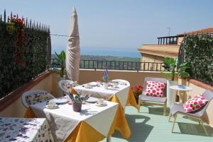 B&B La Finestra sulla Valle, Bed and Breakfasts  Agrigento - big - 42