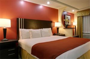 Americas Best Value Inn Anglet..