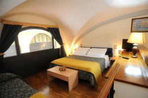 Hotel Residence La Contessina, Aparthotels  Florenz - big - 137