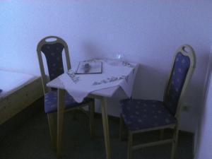 Haus Kordes, Penziony  Winterberg - big - 10