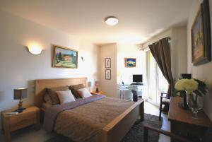Appartement Deux Chambres avec Piscine - Roi Albert Ier
