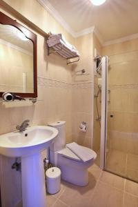 Bozcaada Fahri Hotel, Hotely  Bozcaada - big - 5