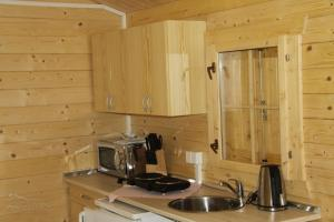 Căsuţă (4 adulţi) Mara Camping Cottages