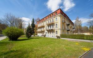 Hotel Jesenius - Karlovy Vary