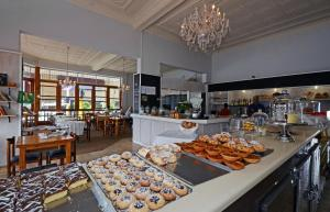Saffron Guest House, Penziony  Johannesburg - big - 22