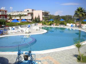 Hostales Baratos - Brati - Arcoudi Hotel