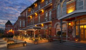The Ambassador Hotel (13 of 56)