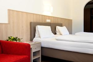 Gasthaus Bacher - Hotel - St Johann im Pongau