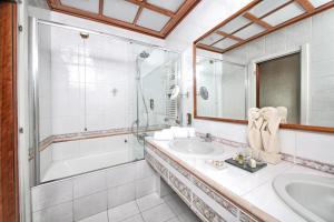 Hotel Villa Capri, Hotel  Gardone Riviera - big - 20