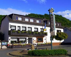 Hotel - Restaurant Schlaadt - Hirzenach