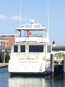 Ocean Romance Dockside Bed & Breakfast Yacht, Отели типа «постель и завтрак»  Ньюпорт - big - 34