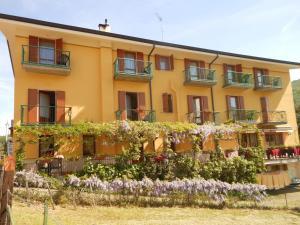 Hotel Montebaldina - AbcAlberghi.com