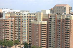 Crystal Quarters Corporate Housing at The Gramercy - Apartment - Arlington