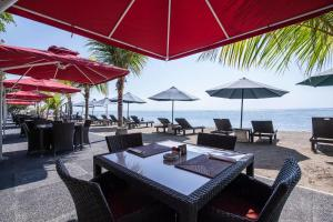 Villa Shanti Beach Hotel