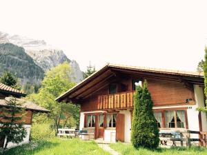 Chalet Hotel Adler - Apartment - Kandersteg