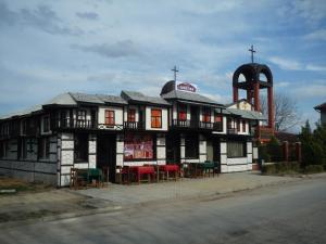 The Monastery Guest House, Две-Могили