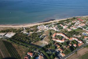 Location gîte, chambres d'hotes VVF Villages « Île de Ré les dunes » Ste-Marie-De-Re dans le département Charente maritime 17