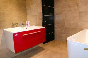 Apartments Villa Sunrise, Ferienwohnungen  Trogir - big - 35