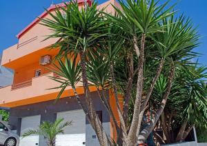 Apartments Villa Sunrise, Ferienwohnungen  Trogir - big - 32